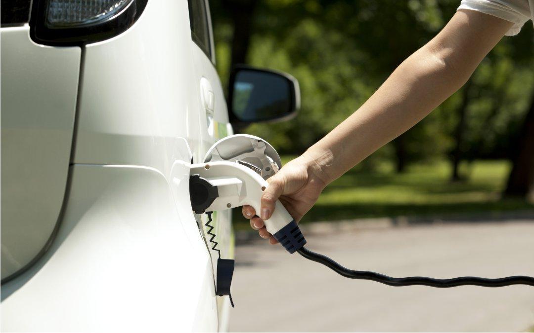 Elektromobilität: Zwei Drittel der Verbraucher an Elektroautos interessiert